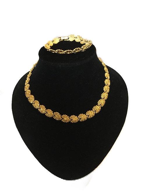 Textured 1980s Gilt Metal Necklace and Bracelet Set