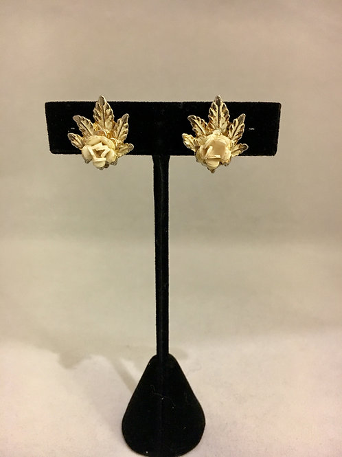 1950s White Floral Sprig Earrings