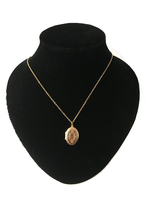 Sweet Gilt Metal Traditional Locket on Chain
