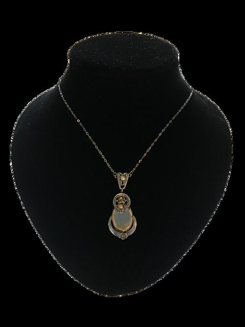 Charming Quality Art Nouveau / 1920s Ornate Pendant and Chain