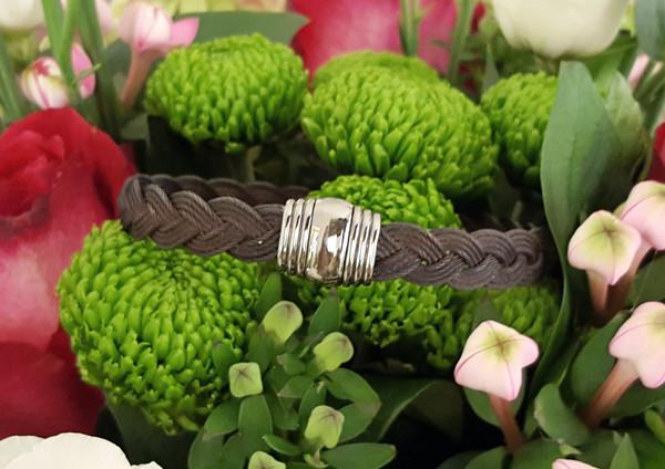 capet-joaillier-bracelet-or-acier-noir