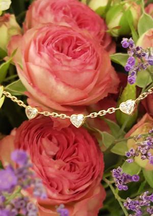 capet-joaillier-collier-or-diamants.jpg