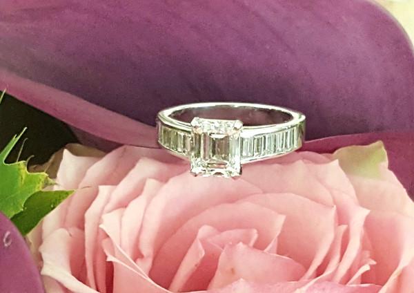 capet-joaillier-bague-or-diamant.jpg