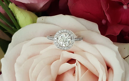 capet-joaillier-bague-diamants-or-paris.