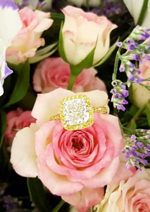 capet-joaillier-bague-or-diamant-blanc-j