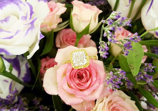 capet-joaillier-bague-or-diamant-blanc-jonquille.paris