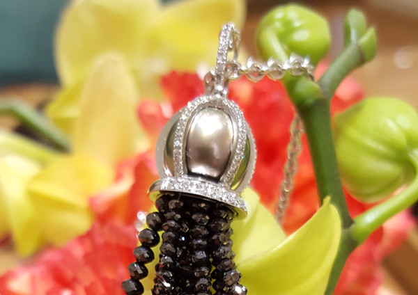 capet-joaillier-collier-or-diamants-perle.jpg