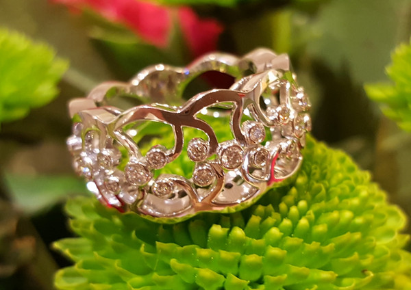 capet-joaillier-bague-or-diamants.jpg
