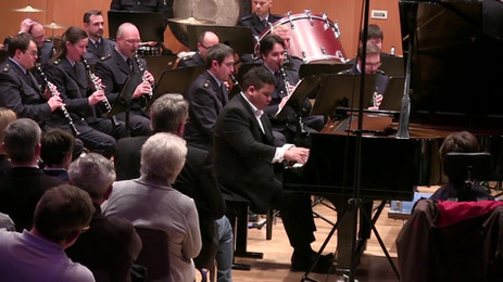 Joshua Mhoon,  Gershwin Concerto 1&2