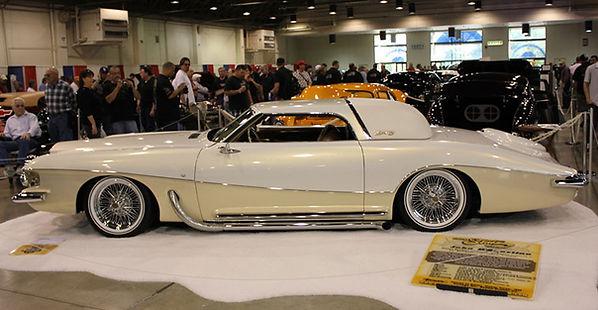 Stutz Custom by John D'Agostino with Truespoke Wire Wheels