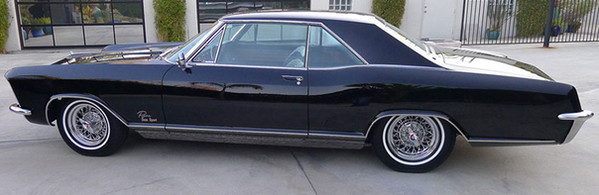 1965 Buick Riviera with restored Skylark wire wheels
