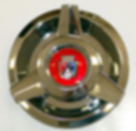 Ford spinner hubcap with Ford emblem