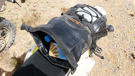 FOSIL+ENDURO BAG2.jpg