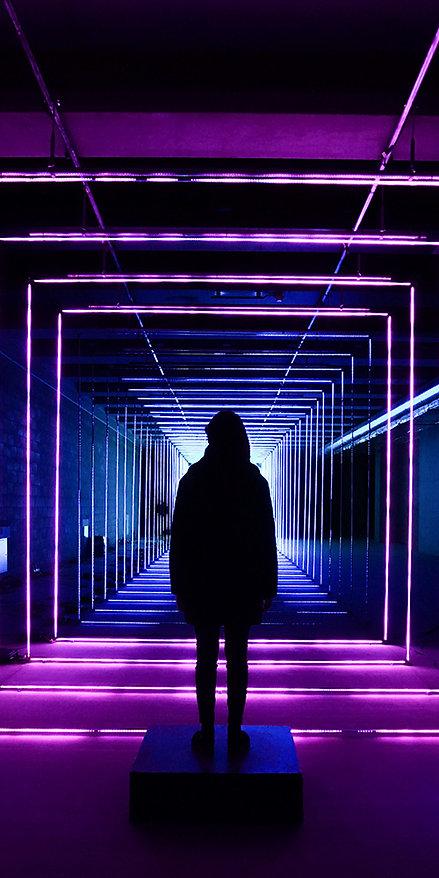 artsy-backlit-conceptual-1722072-1000x50