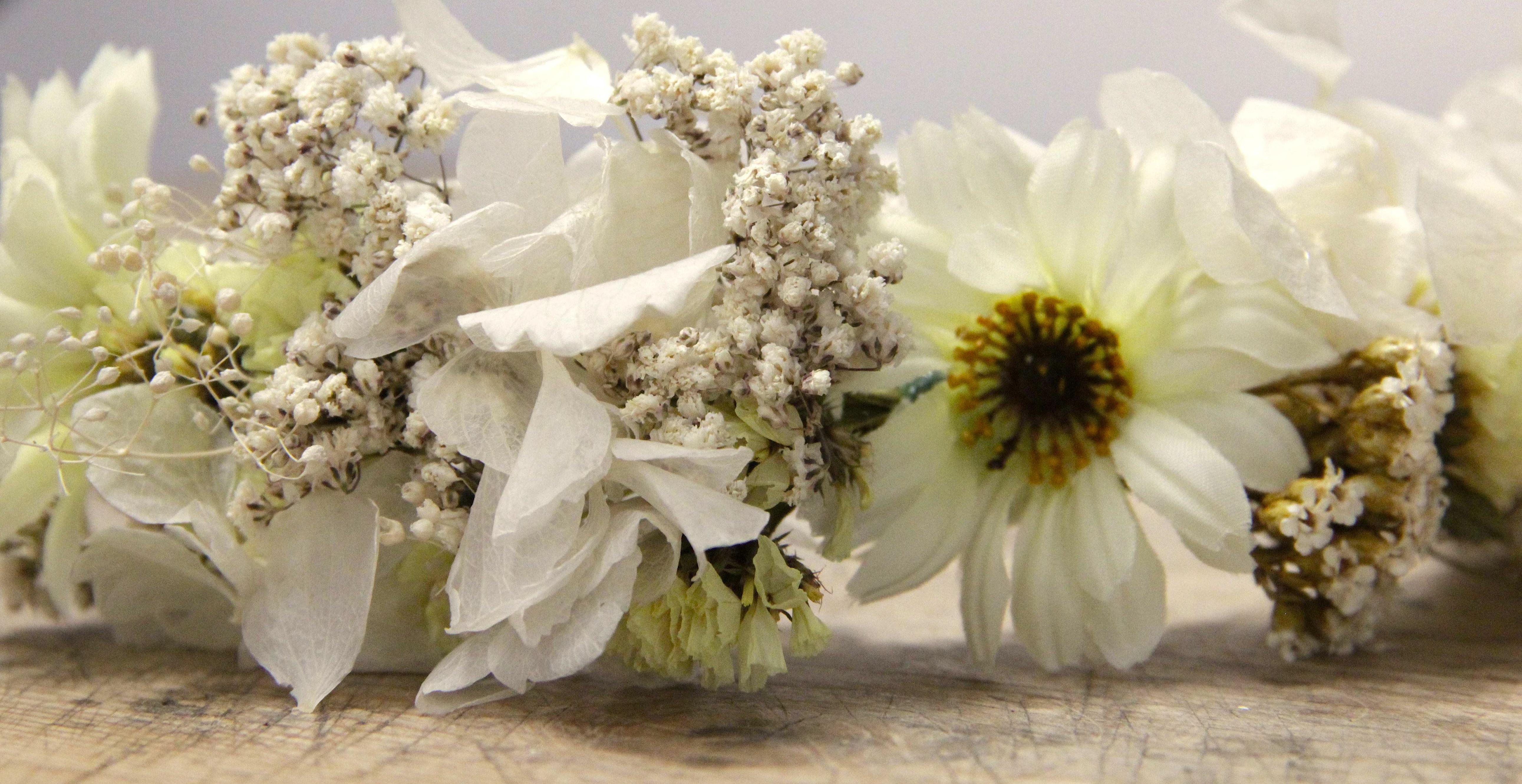 Corona de flores Lucía