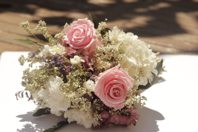 Os presentamos nuestros bouquets de novia preservados ...