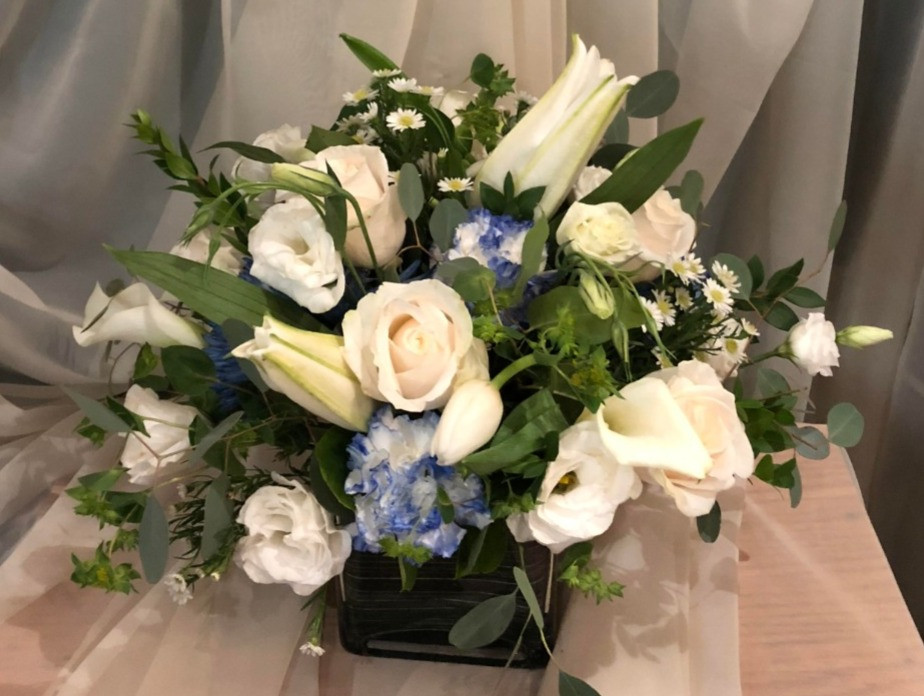 Passover Flower Centerpeice/ White and Blue flower Arrangement