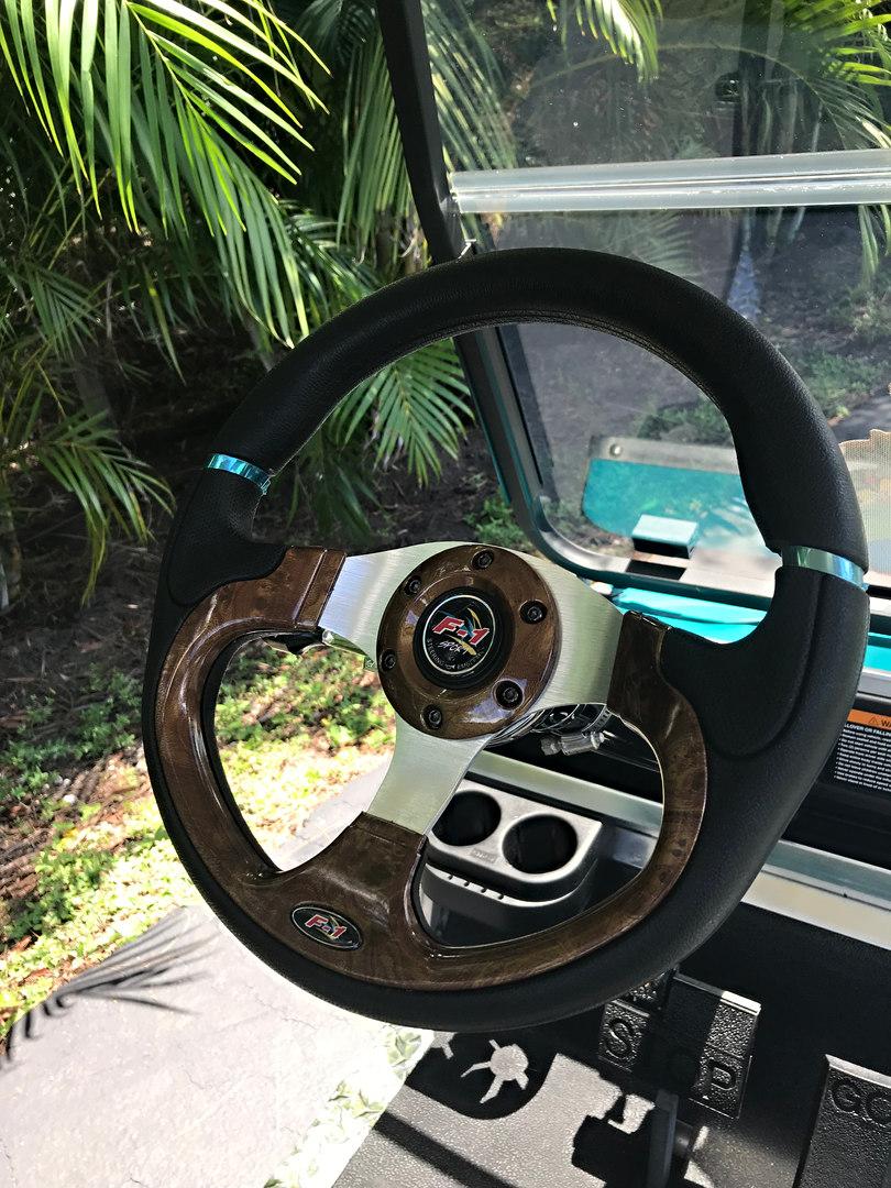 New woodgrain steering wheel