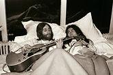 28 JOHN LENNON YOKO ONO BED IN  (2).jpg
