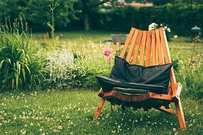 chaise-exterieur_1321-460.jpg