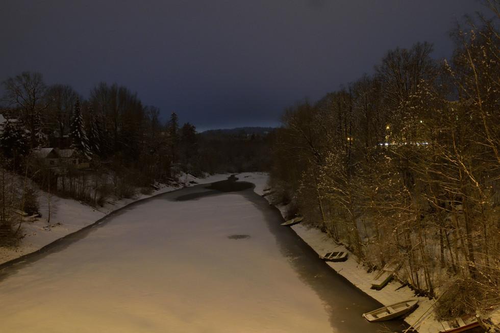 Lämmergrung von der Lämmergrundbrücke aus, Richtung Weidegut Paulsdorf, Langzeitbelichtung, Anfang 2021