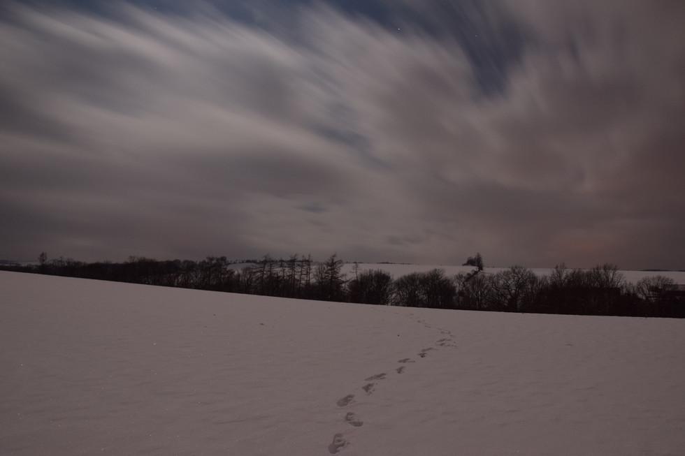 winterliches Feld über Dippoldiswalde, Blick über Berreuth, Langzeitbelichtung, Anfang 2021