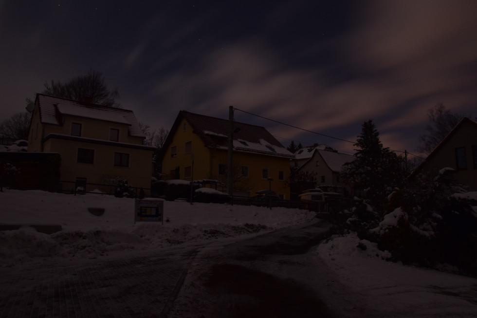 Häuser in Berreuth, Langzeitbelichtung, Anfang 2021