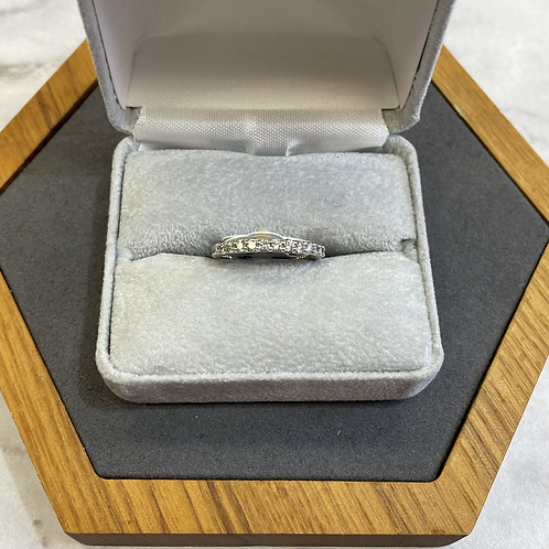 14k white gold band with .40 ctw diamonds