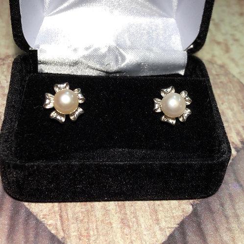 Sterling Silver Pearl Flower Earrings