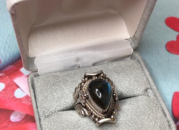 Sterling Silver Labradorite Ornate Ring