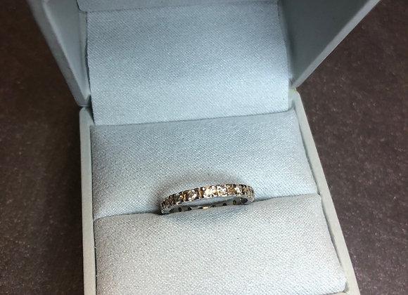 14k .25 ctw diamond Infinity band, size 6