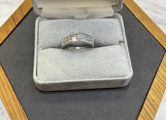 18k 1.5 ct diamond princess cut ring
