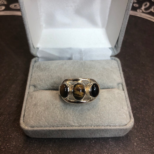 Sterling silver ring with tigers eye, size 8