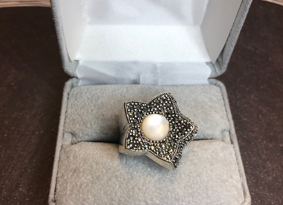 Sterling silver star ring, size 6.75
