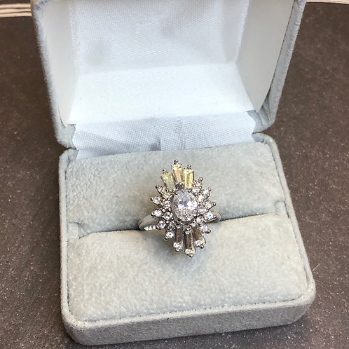 Sterling silver ring cz cluster, size 8