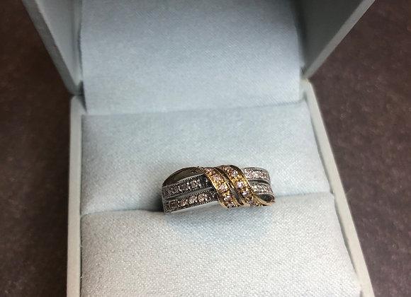 14k twisted .38 ctw diamond ring, size 6.5
