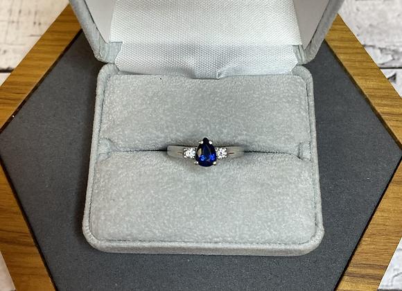 Platinum sapphire ring, size 5 3/4
