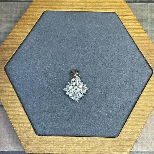 10k diamond pendant .10 ctw