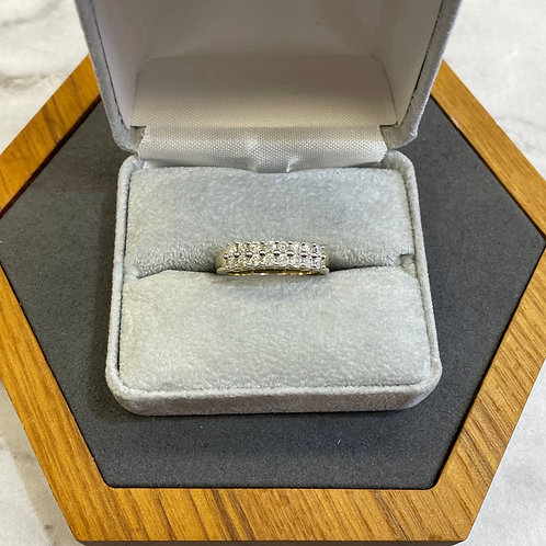 14k yellow gold band with .35 ctw diamonds