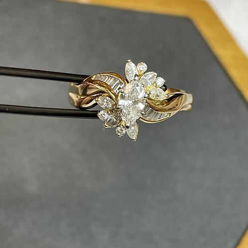 18k gold ring 1.1 ct diamond cluster