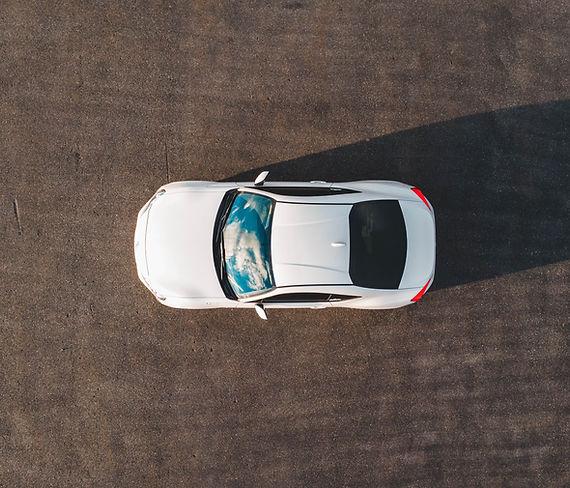 Frais de voiture blanche
