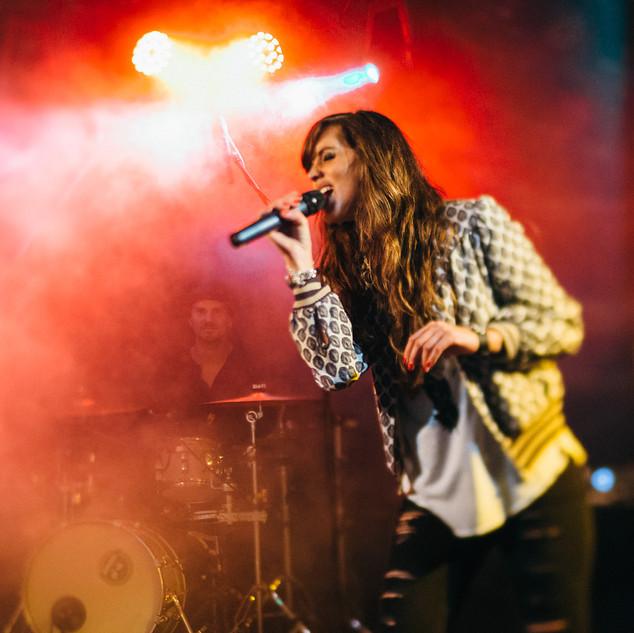 Tialda van Slogteren Live Band Experience