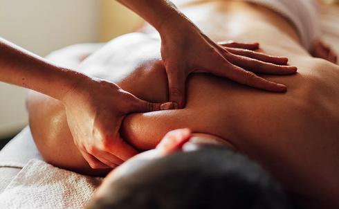 Massage des tissus profonds (sportif)