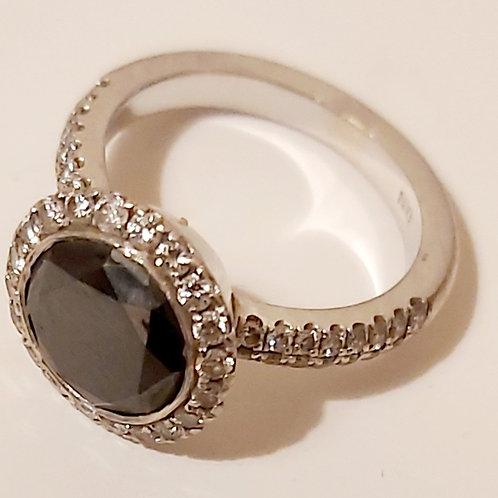 טבעת יהלום עין שחור