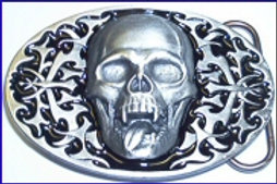 FANGED SKULL TONGE BUCKLE N260