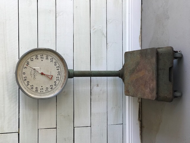 Vintage scale HEAVY