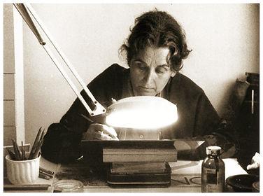María Moreno grabando en su estudio, El