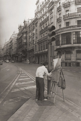 Painting the Gran Vía, 1978
