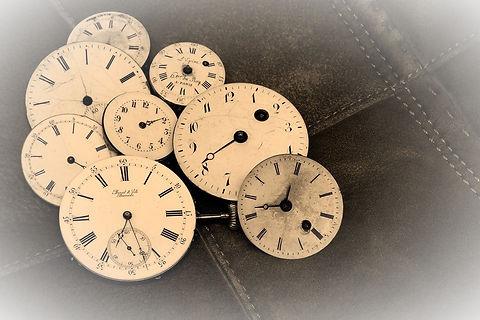 watches-1204696_1280_edited.jpg