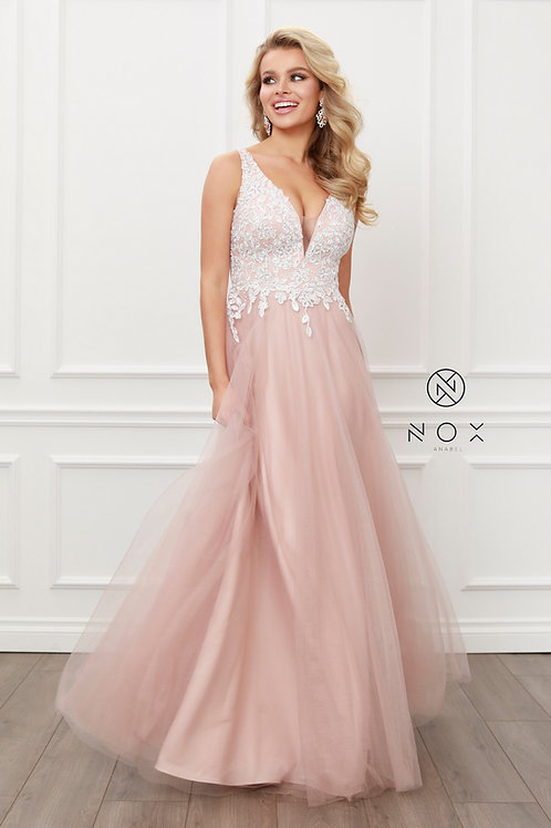LACED EMBILISHED SLEEVELESS TOP WITH ORGANZA GOWN
